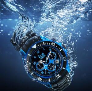 watch under water