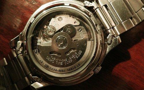 seiko 5 watch movement