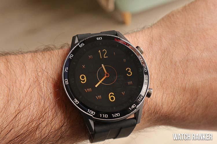 bingo-fit-smartwatches-on wrist
