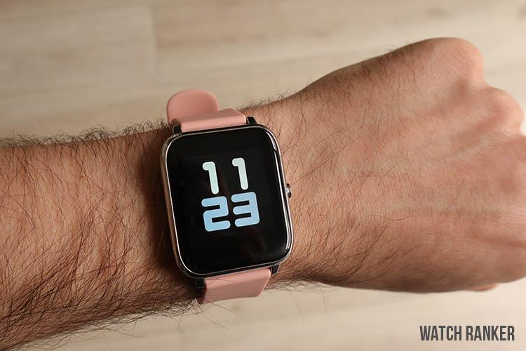 popglory smartwatch on wrist
