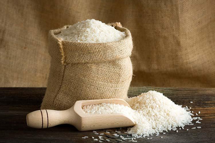 White uncooked rice